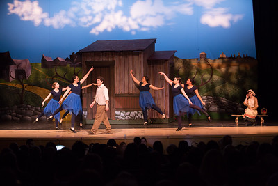 Fiddler on the Roof-963