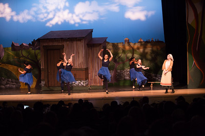 Fiddler on the Roof-977
