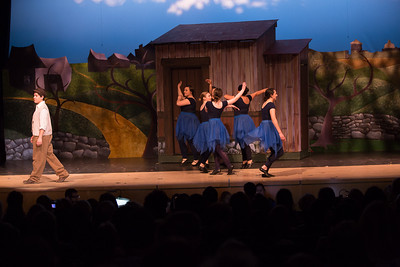 Fiddler on the Roof-964