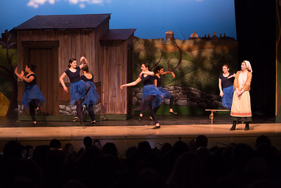 Fiddler on the Roof-981