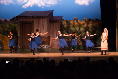 Fiddler on the Roof-979