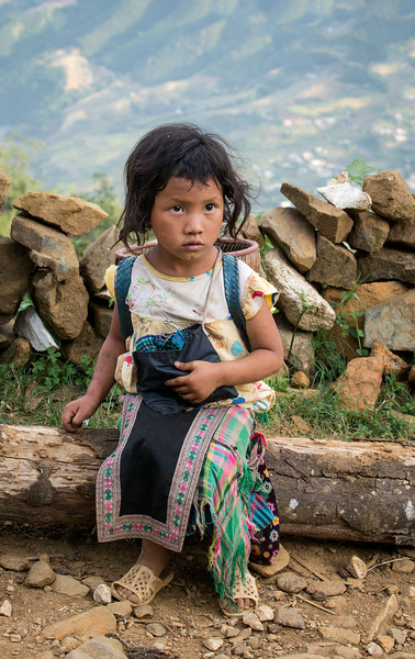Sapa, Vietnam: Black Hmong child