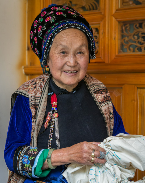Zhou Cheng, China: a local practitioner of tie dye