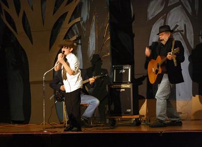 450D-TalentShow-3-14-2009_1189