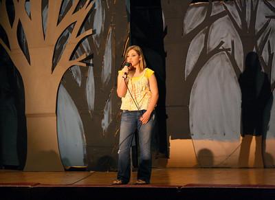 450D-TalentShow-3-14-2009_1018