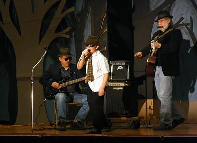 450D-TalentShow-3-14-2009_1178