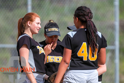 5/1/183:31:16 PM --- San Luis Obispo High School JV Softball played a game against Pioneer Valley High School.  Photo by Owen Main / Fansmanship.com