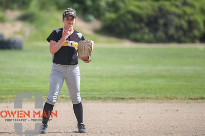 5/1/183:35:04 PM --- San Luis Obispo High School JV Softball played a game against Pioneer Valley High School.  Photo by Owen Main / Fansmanship.com