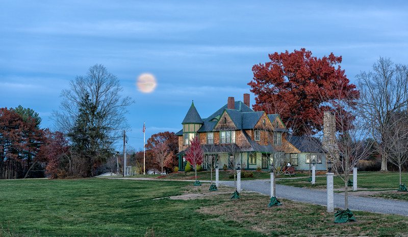 Hills House in Hudson