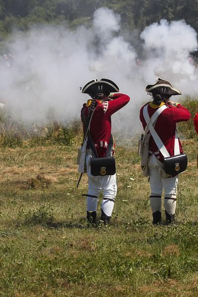 2 redcoats