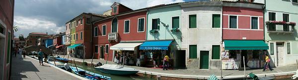 landscape picture, click on picture<br /> The many houses of Burano island, Venice