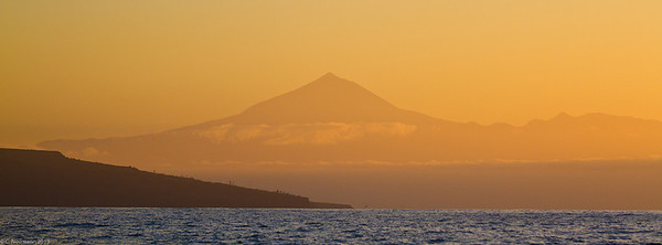 Sunrise at Mount Teide (Canary Islands)