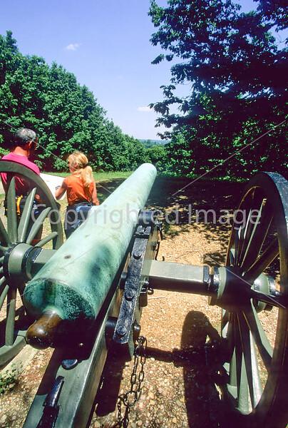 Fredericksburg Battlefield Nat  Mil  Park in Virginia - 72 dpi -4