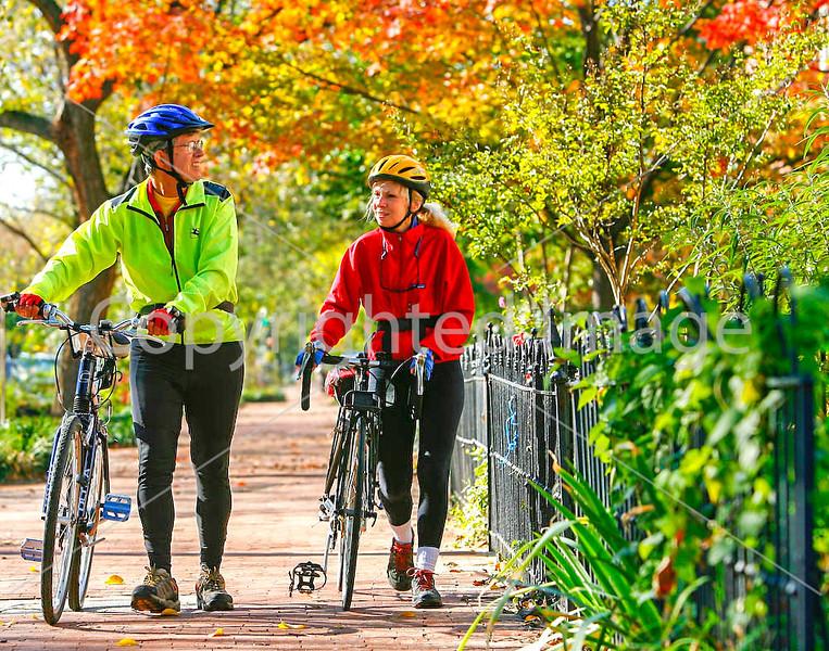 Cyclists in Washington, DC, near the Capitol - 72 dpi -