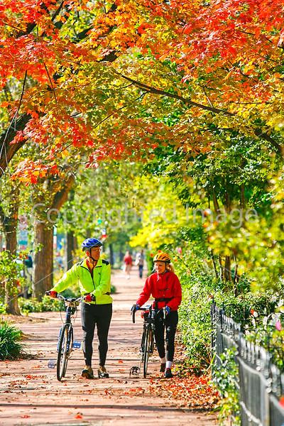 Cyclists in Washington, DC, near the Capitol - 72 dpi -1329