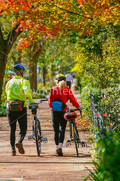 Cyclists in Washington, DC, near the Capitol - 72 dpi -1311