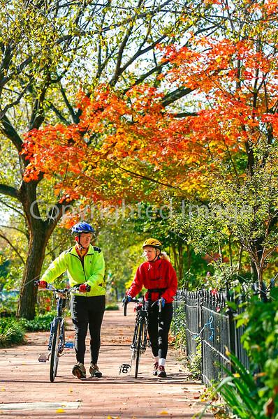 Cyclists in Washington, DC, near the Capitol - 72 dpi -1337