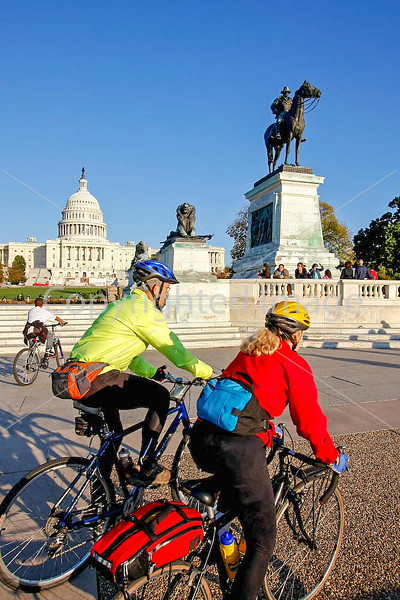 Bikers at General Grant Memorial in DC - 72 dpi -2055