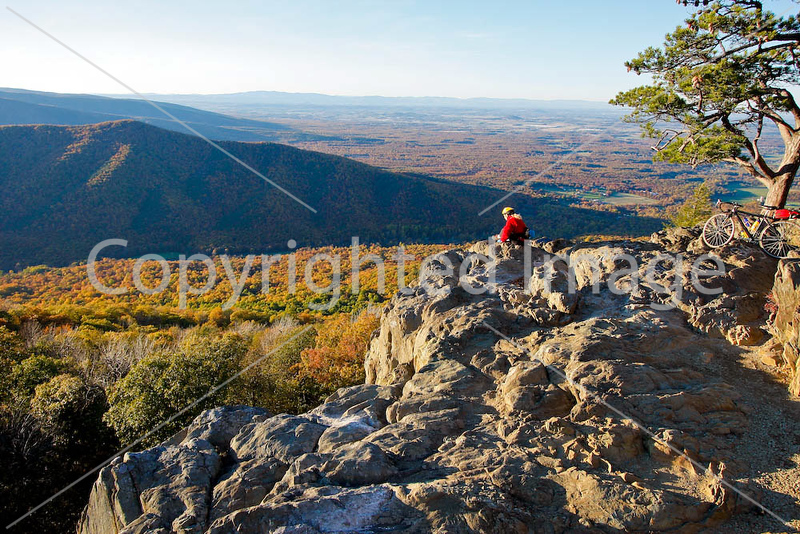 Cyclist at Ravens Roost on Blue Ridge Parkway in Virginia, near Humpback Mountain-0320 - 72 dpi