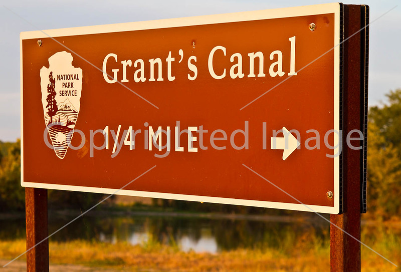 Sign for canal dug to avoid Vicksburg cannons - D1-C3-0369 - 72 ppi