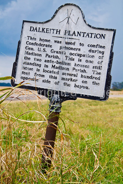 Historical markers on Louisiana side of Grant's campaign route to Vicksburg,  MS - D3-C3-0045 - 72 ppi