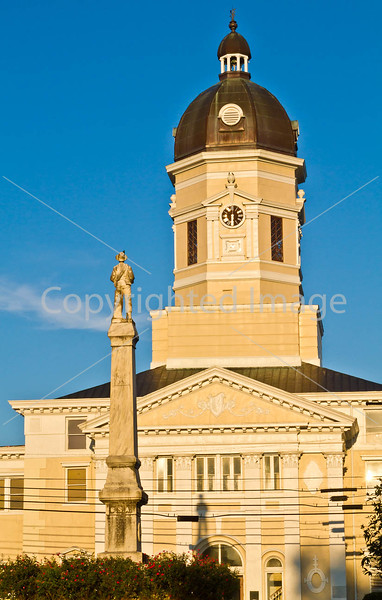 Claiborne County Courthouse & CW monument in Port Gibson, MS - D6 - C3-0001 - 72 ppi