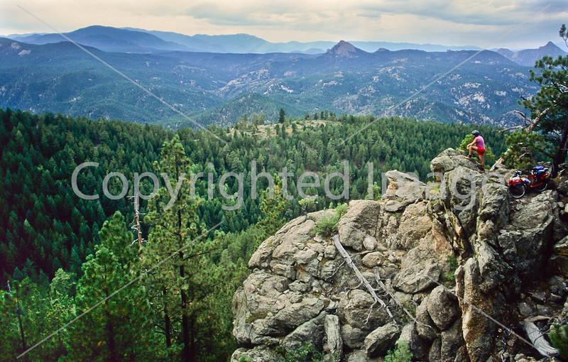 Mountain bike tourer on Colorado Trail - 12 - 72 ppi