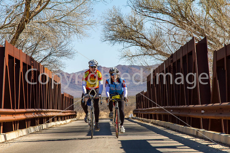 ACA - Rider(s) between Bisbee & Sierra Vista, Arizona - D6-C3-0244 - 72 ppi