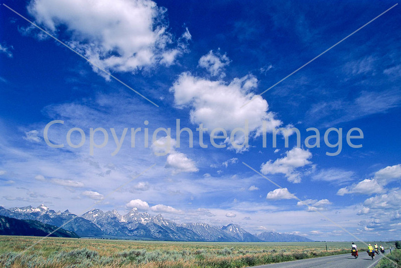 ACA bike tourers in Tetons Nat'l Park, Wyoming - 5 - 72 ppi