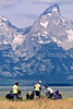 ACA bike tourers in Tetons Nat'l Park, Wyoming - 1 - 72 ppi