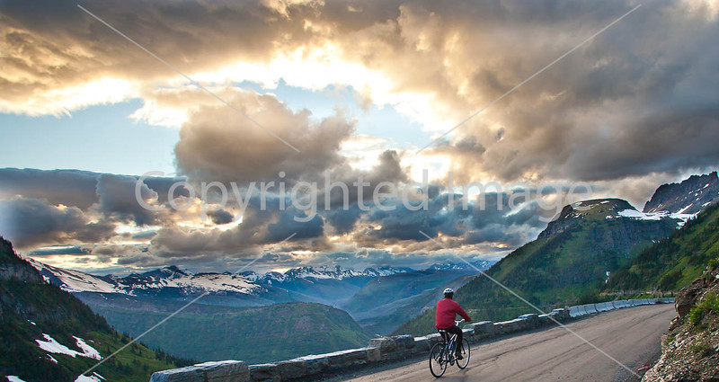 Glacier - ALA biker on Going-to-the-Sun Road-0026 - 72 ppi