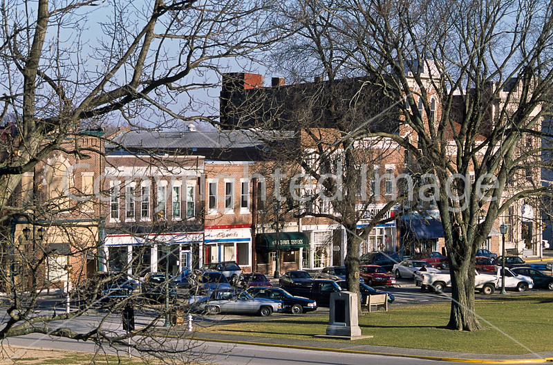 Portion of downtown Vincennes, Indiana, in view from Clark Nat'l Historic Site & Lincoln Bridge  - 3 - 72 ppi