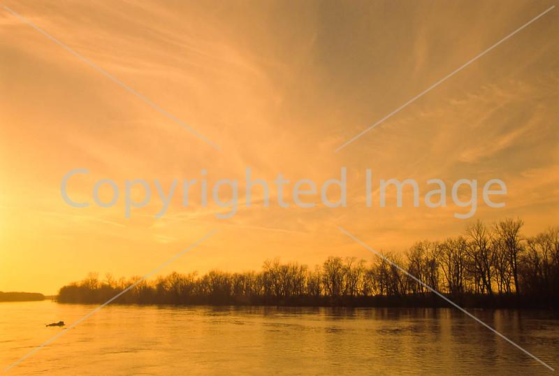 Winter sunset over Wabash River at George Rogers Clark Nat'l Historical Park, Vincennes, IN -  16 - 72 ppi