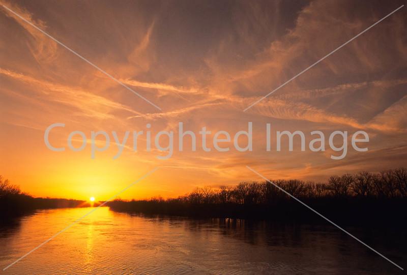 Winter sunset over Wabash River at George Rogers Clark Nat'l Historical Park, Vincennes, IN -  9 - 72 ppi