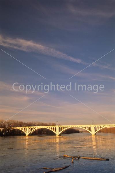 Lincoln Memorial Bridge over Wabash River near Vincennes, Indiana - 1 - 72 ppi