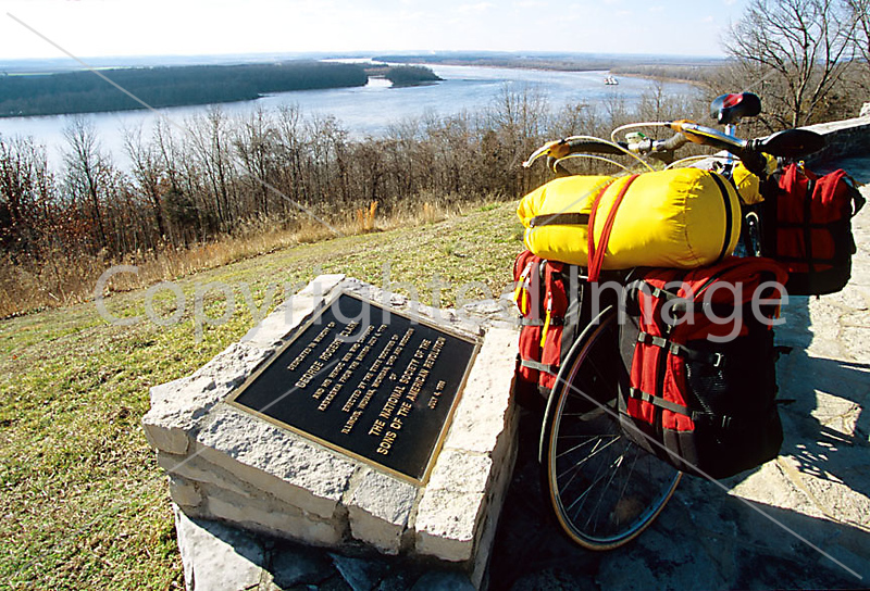 1 - ORps - Fort Kaskaskia State Historic Site on Mississippi River near Chester, IL - 72 dpi