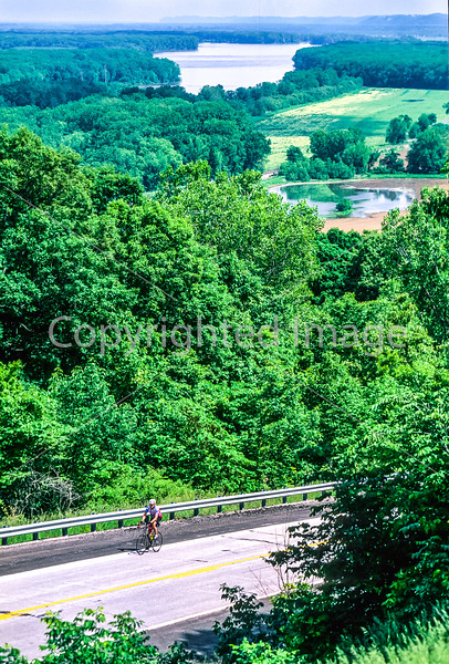 Cyclist on MO Hwy 79 between Hannibal & Louisiana - Great Rivers Route - 4 - 72 ppi