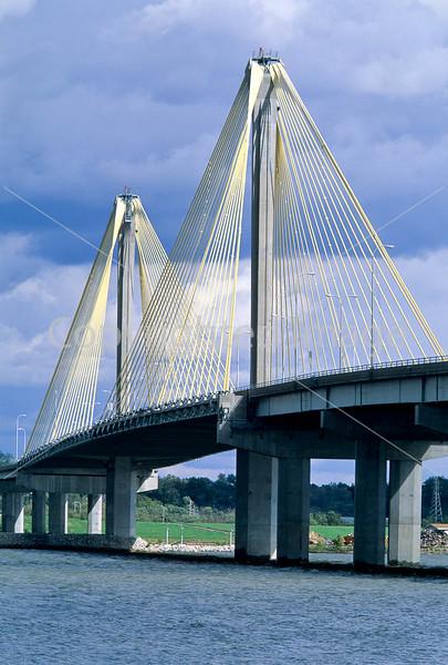 Clark Bridge over the Mississippi at Alton, Illinois - 1 - 72 ppi