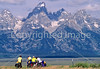 ACA bike tourers in Tetons Nat'l Park, Wyoming - 24 - 72 ppi