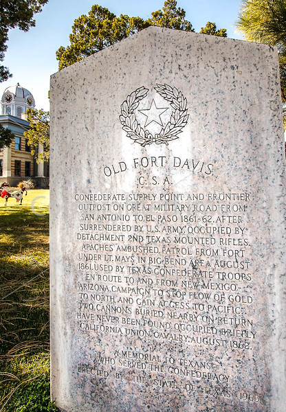 Texas - Historic monument in town of Fort Davis -  C8e-'08-2880 - 72 ppi