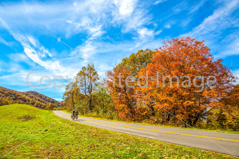 TransAm & Bike Route 76 riders on Blue Ridge Parkway, VA - C3-0452 - 72 ppi