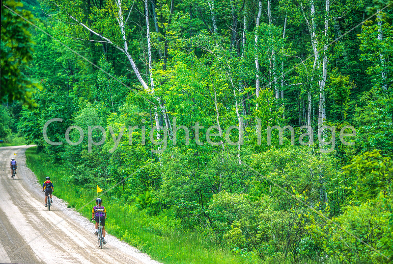 Vermont - Cyclist(s) in Green Mountains, Danby & Manchester region - 7-Edit - 72 ppi