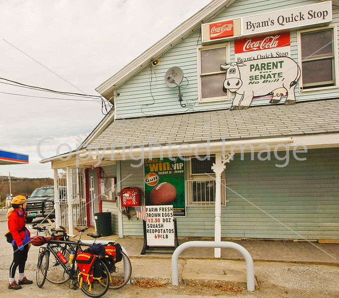 Byam's Quick Stop in East Franklin, Vermont-C2--0137 - 72 ppi