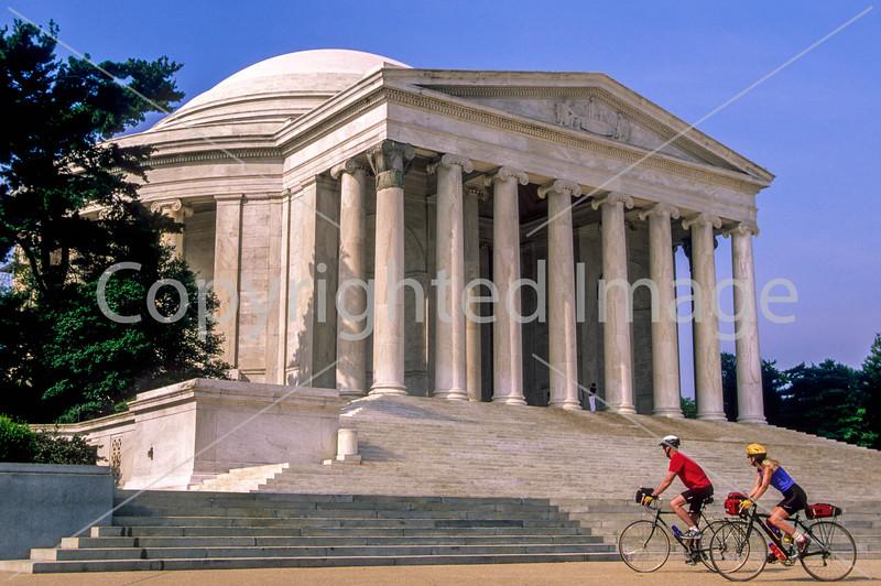 Bikers at Jefferson Memorial on Tidal Basin - 34 - 72 ppi