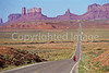 Tourer near Monument Valley Navajo Tribal Park on UT-AZ border - 1 - 72 ppi