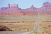 Tourer near Monument Valley Navajo Tribal Park on UT-AZ border - 8 - 72 ppi