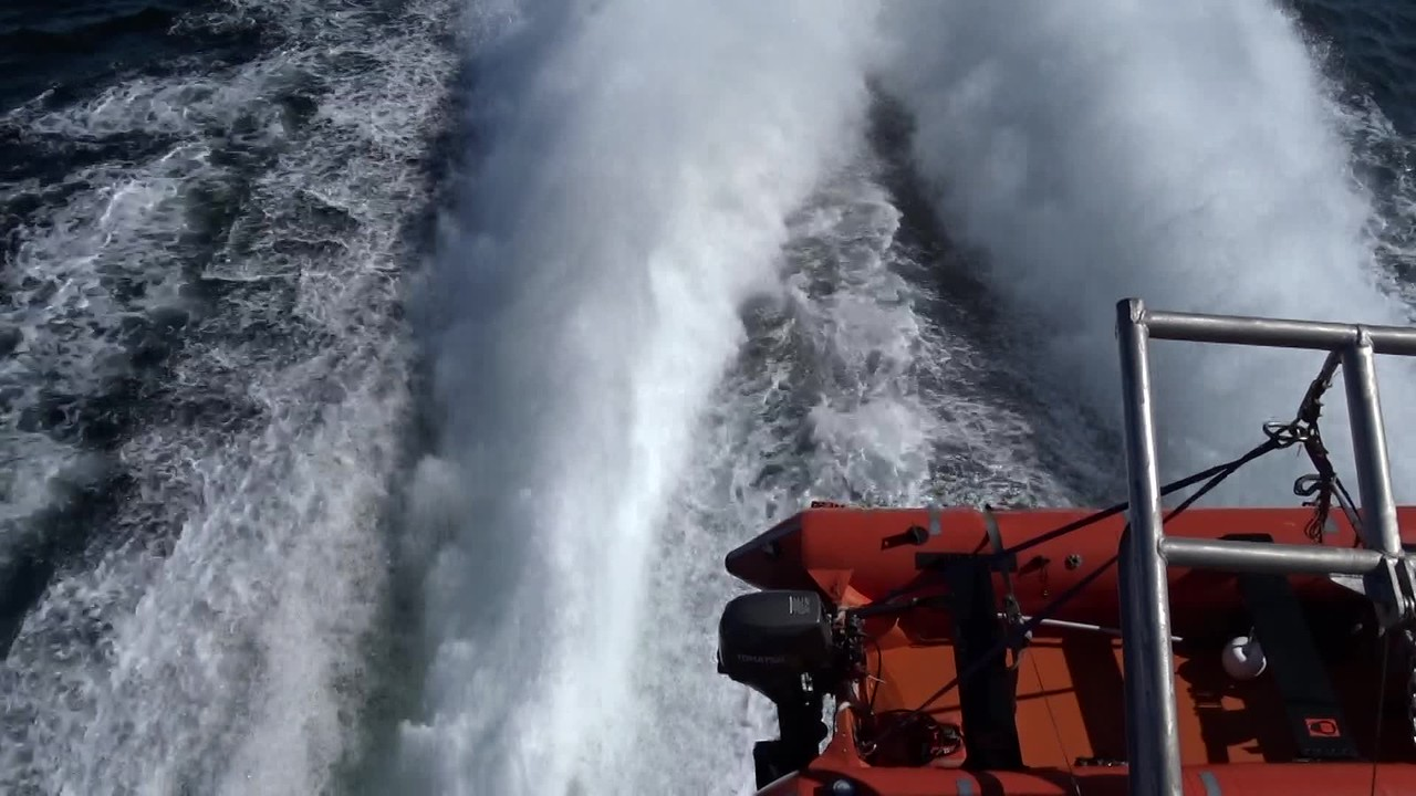 Video- This is what 35 knots looks like from the stern of our ferry from Seattle to Victoria