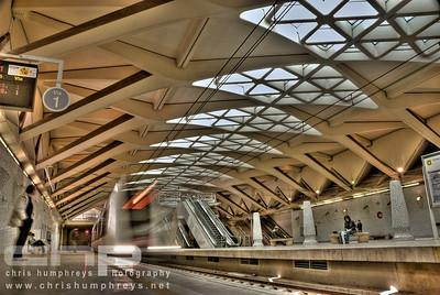 Pasarela de la Exposición metro station - Valencia, Spain, Architect Santiago Calatrava