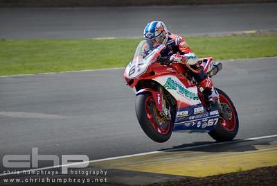 """Shane """"Shakey"""" Byrne at Knockhill, Scotland. 2008 British Superbike Championship"""