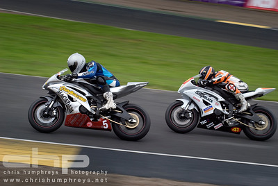 Jordan Thompson & Brad Anderson during the British Superstock 600 race at Knockhill, Scotland 2009